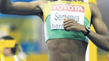 En sydafrikansk løber skal kønstestes og kan miste sit VM-guld. ANC kalder det racisme. Kønsforskerne kritiserer de fastlåste kønsforestillinger. Mens konkurrenten mener, at det blot handler om at sikre fair konkurrence. Sagen er langt fra enestående