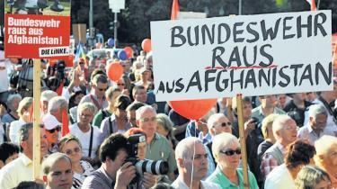 Die Linke. I den tyske valgkamp er der et parti, der stikker ud. Die Linke viderefører arven fra det østtyske socialistparti, men har efterhånden blikket fast rettet mod hele Tyskland. Men er Die Linke parat til at gå på kompromis med egne idealer for at få del i magten