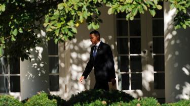 USA's præsident Obama har en stor udfordring foran sig, når han mødes med Israels premierminister Benjamin Netanyahu og den palæstinensiske selvstyrepræsident Mahmoud Abbas. Forventningerne til mødet er fra begge sider helt i bund.