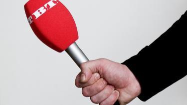 Både herhjemme og i udlandet taler mediebranchen om en reel risiko for, at den undersøgende journalistik visner og dør som følge af, at de store medier - der normalt har haft kulegravende grupper - fattes penge. Derfor bør en lille del af mediestøttens seks mia. kr. gå til den genre.