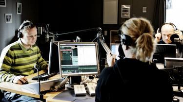 Det vil være direkte uansvarligt at udskille dele af DR, hvor radiokanalerne P2, P3 og P4 på skift er blevet udsat for frieri. Lad os stoppe den diskussion nu og lade DR være, så vi bevarer en stærk dansk public service spiller, siger Dansk Journalistforbunds formand, Mogens Blicher Bjerregård.