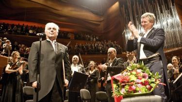 I april modtog Daniel Barenboim Sonningprisen ved en festkoncert i Koncerthuset.   I lørdags vendte han tilbage for at spille Chopins klavermusik   i anledning af komponistens 200-årsdag.