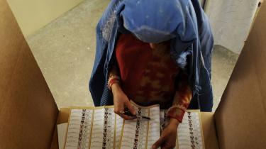 210 valgsteder er erklæret ugyldige af valgankekommissionen i Kabul. Det er endnu ikke klart, hvilke konsekvenser det får.