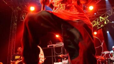 Hiphopgruppen Public Enemy har på to uger rejst en kvart million kroner i støtte til udgivelsen af sit næste album.