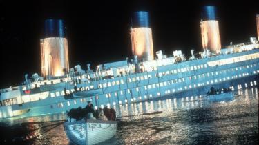 Det nytter ikke at rykke rundt på dækstolene på Titanic - skibet synker stadig. Professor Jeppe Læssøe mener ikke, at de små miljøvenlige tiltag i hverdagen kan bruges til ret meget. Der er brug for en stor folkelig bevægelse for klimaforandring, for at det rigtig kan mærkes