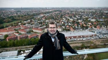 Som led i valgkampen besøgte den socialdemokratiske overborgmesterkandidat i København, Frank Jensen i sidste uge Valby Gassilo. Her ville Frank Jensen opleve visionen for siloens fremtid og fik samtidig lejlighed til at kigge indenfor i det spektakulære cylinderrum og komme en tur op i det 108 meter høje Valby Gassilo.