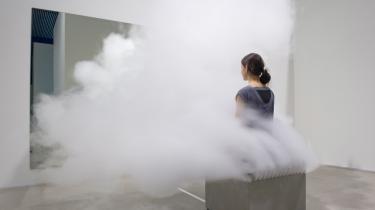 Jeppe Hein laver sorgløse værker, der passer perfekt til nutidens oplevelseshungrende museer.