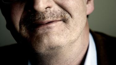I går advarede udenrigsminister Per Stig Møller (K) imod at underminere indsatsen i Afghanistan med krav om tilbagetrækning, men det vælger SF's Holger K. Nielsen at ignorere. Han mener, at en exitdato kan gavne moralen i Afghanistan.