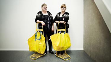 Danmark har fået en rekordstor IKEA, og den er mere end bare et varehus. Bag den blå-gule facade findes den verden, alle drømmer om. Den er for alle, den koster ingenting, medarbejderne knokler efter evne – og her kan danskerne nyde efter behov