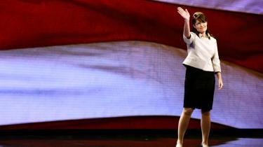 Patriotisk pres. Palin er så patriotisk, at hun af al kraft forsøgte at føde sin datter på den amerikanske uafhængighedsdag den 4. juli. Hun var ude at sejle i kajak på Memory Lake i Wasilla, da hun fik veer. »Jeg ønskede mig så brændende en patriotisk baby, at jeg padlede ekstra hårdt for at fremskynde veerne, men Willow holdt ud til næste dag: