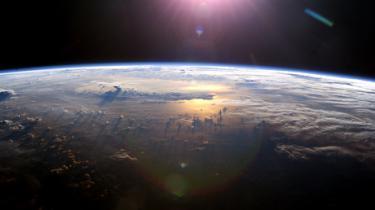 Hvordan skal vi bremse klimaforandringerne og klare den største udfordring menneskeheden nogensinde har stået overfor? Kom til debatmøde hos Information
