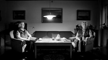 Gertrud Pedersen og Annie Langberg (t.h.) er to af de få tilbageværende kvindelige medlemmer af den danske modstandsbevægelse. Deres arbejde kan ikke sammenlignes med nutidens terrorisme, mener de. Demokrati og frihed var motivationen, når de som Toldstrups kurerpiger satte   livet på spil.