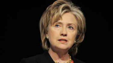 USA's udenrigsminister Hillary Clinton sagde i går fra talerstolen i Bella Center, at det er planen, at Barack Obama skal komme til København i dag og fortsatte så: »Lad os håbe, at der er noget at komme efter.«