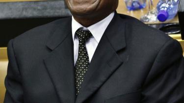 Den sydafrikanske præsident, Jacob Zuma (bill.) og hans regeringsparti, ANC, strammer grebet om medierne i landet, ligesom regeringerne i bl.a. Botswana og Kenya også er i færd med at indskrænke journalisternes råderum. På billedet ses Zuma under en parlaments-session sidste år.