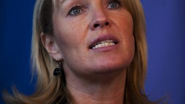 TV 2's politiske kommentator vurderer, at den konservative formand, Lene Espersen, vil overtage Udenrigsministeriet efter Per Stig Møller ved en regeringsrokade.