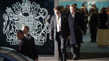 Alastair Campbell står last og brast med sin tidligere chef, Tony Blair - også i gårsdagens Irak-høring, hvor han afslørerede, at Blair erkærede, at han ville følge USA i Irak.