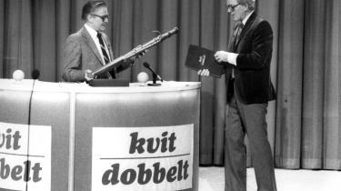 Otto Leisner i 'Kvit eller dobbelt' - et program fra dengang, Danmarks Radio havde hele banen for sig selv.