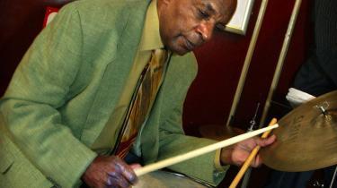 Forleden døde trommeslageren Ed Thigpen, 79 år gammel og efter næsten 40 år som københavner