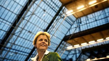 Klimaminister Lykke Friis forventer, at EU i denne uge formelt meddeler sin tilslutning til Copenhagen Accord til FN's klimasekretariat i Bonn.