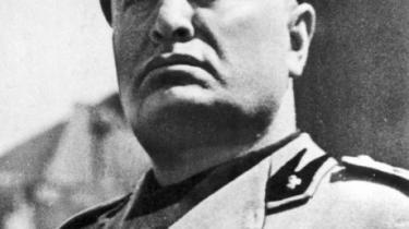 En ny biografi om den italienske fascist, Benito Mussolini, skildrer ham som kynisk   og magtbegærlig lederskikkelse, frem for som den undersætsige, lidt latterlige figur, der har domineret europæiske forestillinger om diktatoren. Arkiv