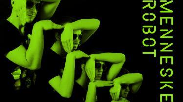 Det er godt, at hænderne i computerspilskoreografien stopper lige inden hagekorset i Steen Koerners 'Menneske-robot'.
