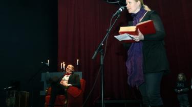 ZeBu blev indviet som Køben-havns scenekunsthus for børn og unge. Her er kulturborgmester Pia Allerslev i heftig fyrtøjsperformance med Jens Christian Holland under åb-ningsfestivalen Absolut Andersen.