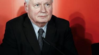 Linke-lederen Oskar Lafontaine har fået kræft og overlader tøjlerne med partikonstruktionen Die Linke til den næste generation. Men det uroplagede socialistparti risikerer at slå revner uden sin karismatiske frontfigur
