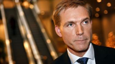 Kristian Thulesen Dahl (DF) cykler i en stor bue uden om at kommentere partifællen Jesper Langballes islamudtalelser. Men Langballe bliver i DF, fastslår han