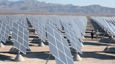 Klimaforandringer, stigende priser på fossil energi og forstærkede konflikter i en varmere verden er nye trusler, der fordrer radikal omstilling, siger det amerikanske forsvarsministerium