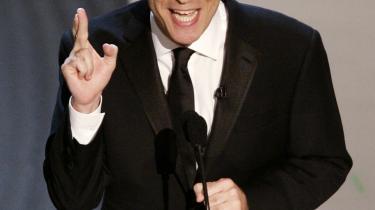 Jon Stewart har kastet sig over Barack Obama - til stor moro for konkurrenterne på Fox TV.