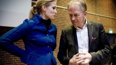 S og SF's hovedaktiv er sammenholdet mellem Helle Thorning-Schmidt og Villy Søvndal, men oppositionens profil er stadig for uklar,   mener eksperter.