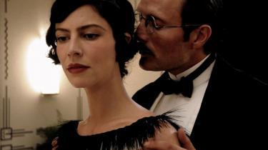 Æstetisk fint udarbejdet film om Igor Stravinskys og Coco Chanels kærlighed overbeviser ikke om affærens varmegrader