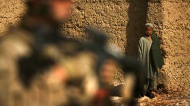 Job og penge er ikke nok til at lokke menige Taleban-krigere fra slagmarken og splitte bevægelsen, vurderer ekspert i afradikalisering Omar Ashour