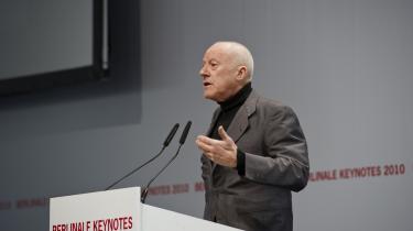 Populær. Den 74-årige Norman Foster talte ved årets filmfestival i Berlin, og den britiske arkitekt har en særlig stjerne hos tyskerne, fordi han er manden bag kuplen på den tyske Rigsdag - som efterfølgende er blevet Berlins mest besøgte attraktion med 8.000 besøgende hver eneste dag året rundt