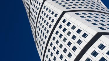 Turning Torso i Malmø er Skandinaviens højeste bygning. Og nu skal der også bygges i højden i Stockholm. Spørgsmålet er, om det er i samfundets interesse.