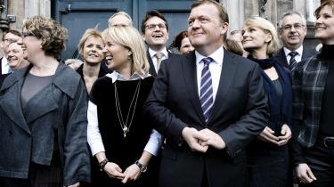 Der er næsten 50 procent kvindelige minstre i den nye regering, men det betyder ikke, at Danmark er fremme i skoene, når det gælder ligeløn og ligestilling generelt. Vi halter nemlig håbløst bagud set i international sammenhæng, skriver dagens kronikør.