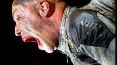 Det tyske rockband Rammsteins koncert i Hvideruslands hovedstad Minsk er i fare. Gruppens optræden kan skade landet og de hviderussiske moralværdier, mener formand for landets særlige Råd for Moral