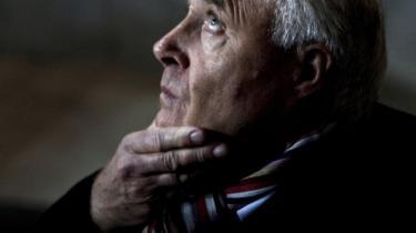 Dansk fodbold mister sin mest magtfulde aktør, når Flemming Østergaard om lidt siger farvel. Han tabte magtkampen med aktionærerne – og sit livsværk