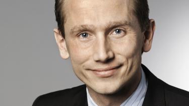 Ifølge Ritzaus oplysninger har Venstres nye gruppeformand, Kristian Jensen, opgivet at komme igennem med ønsket om at kaste alle ordførerskaberne op i luften og - om nødvendigt - at tvinge uønskede ordførere væk fra deres poster
