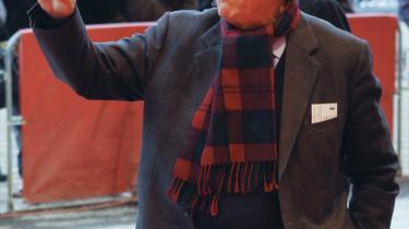 Den tyske forbundspræsident Richard von Weizsäcker ses her ved filmfestivalen i Berlin i februar, 89 år og still going strong.