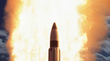 USA°Øs atomare styrker bliver dirigeret v©°k fra massiv gen°©g©°ldelse med det nye udspil. Her et atommissil testaffyret ved Hawaii.