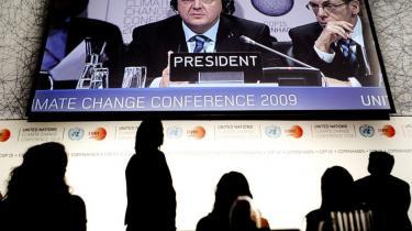 Hvem der egentlig har ansvaret for, at COP15 blev en fiasko, diskuteres stadig. Men modsat mange andre medlemmer af regeringen mener statsminister Løkke ikke, at Kina har ansvaret, afslørede han i går under et statsbesøg i landet.