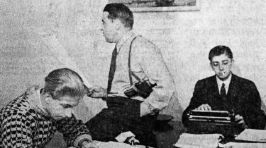 For 65 år siden blev Information sat i verden af en lille gruppe bevæbnede mænd i en baggård i København. Der er lige siden gjort mange forsøg på at få den til at ligne en rigtig avis, men den har altid strittet imod og insisteret på at være sig selv