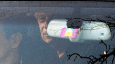 Polanski siger, at han kun ønsker 'fair behandling'. Myndighederne vil servere ham på et fad til medierne, hævder filminstruktøren
