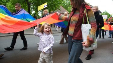 Pridedeltagere blev overfaldet af moddemonstranter i Riga i 2005. Billedet her er fra en mere fredelig pride - i Riga sidste år.