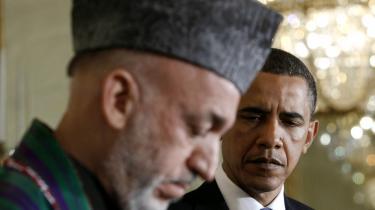 For få dage siden omfavnede præsident Barack Obama helhjertet Afghanistans dybt korrupte præsident Karzai under sidstnævntes besøg i Det Hvide Hus i Washington. Det skete efter, at der i en periode har været kurrer på tråden mellem Washington og Karzai, ikke mindst efter at Karzai i en offentlig tale i Kandahar for nogle måneder siden direkte erklærede, at han ville overveje at slutte sig til Taleban-oprørerne, hvis ikke USA/NATO-styrkerne ophørte med at dræbe civile afghanere med så stor skødesløshed.   Konklusionen på hele situationen er, at Danmarks og NATO's Afghanistan-mission er udsigtsløs og en historisk fiasko.