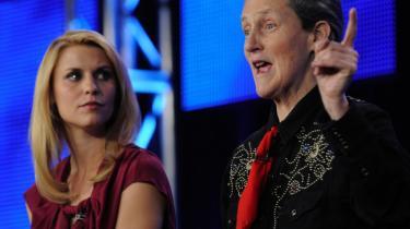 Fiktion og virkelighed. Der er store ligheder mellem en dyrehjerne og min, siger Temple Grandin, der her ses med skuespilleren Claire Danes ved et pressemøde for filmem 'Temple Grandin' om den lille ordløse autistiske pige, der blev en anerkendt forsker.