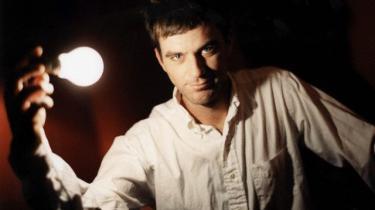 Han er en af sin generations mest spændende, stilsikre og originale instruktører, og i dag bliver han 40 år