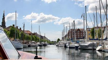 Fredningsnævnet har blandt andet afvist, at der placeres en bropille i Christianshavns kanal. Det krav alene vil ifølge Københavns Kommune 'umuliggøre' realiseringen af det broprojekt, som A.P. Møller har tilbudt at donere.