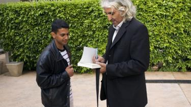 Litteraturfestival. Den saudiarabiske forfatter Abdullah Thabit er en af deltagerne i litteraturfestivalen Beirut39. Et gennemgående tema i ugens paneldebatter er mellemøstlig identitet versus vestlig - i hvert fald i henhold til programmet. Men i virkeligheden er de inviterede forfattere trætte af at diskutere identitetspolitik.